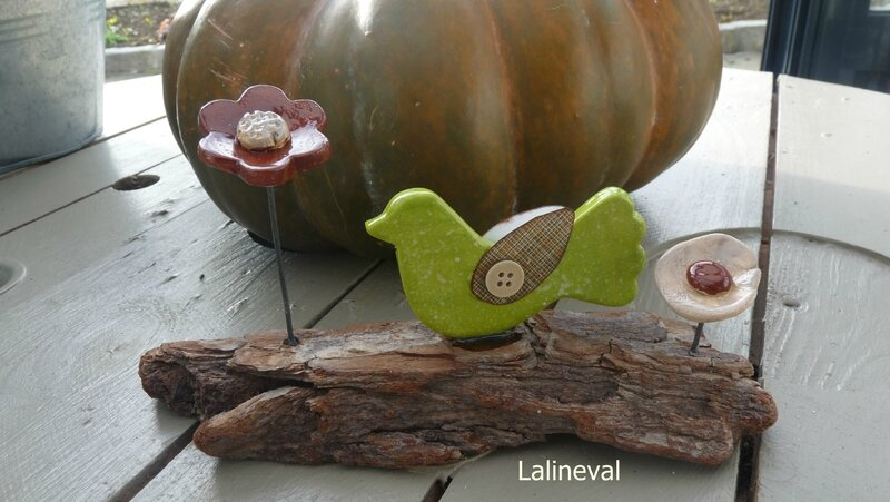 oiseau sur socle en bois 1