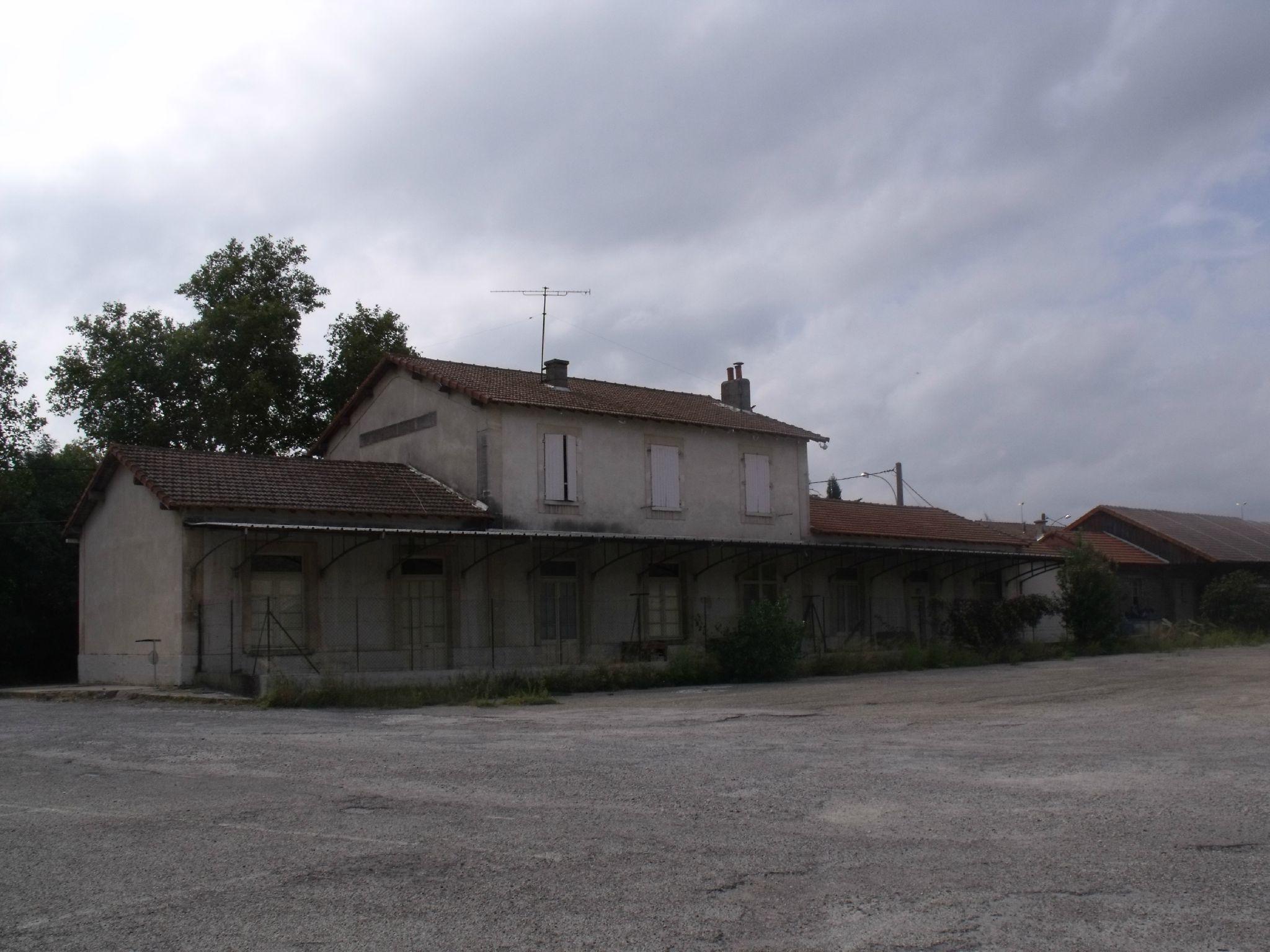 Arles-Trinquetaille (Bouches-du-Rhône - 13) 1