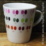 Porcelaine peinte à la main mug nuancier © les trésors de Sophie by Sophie
