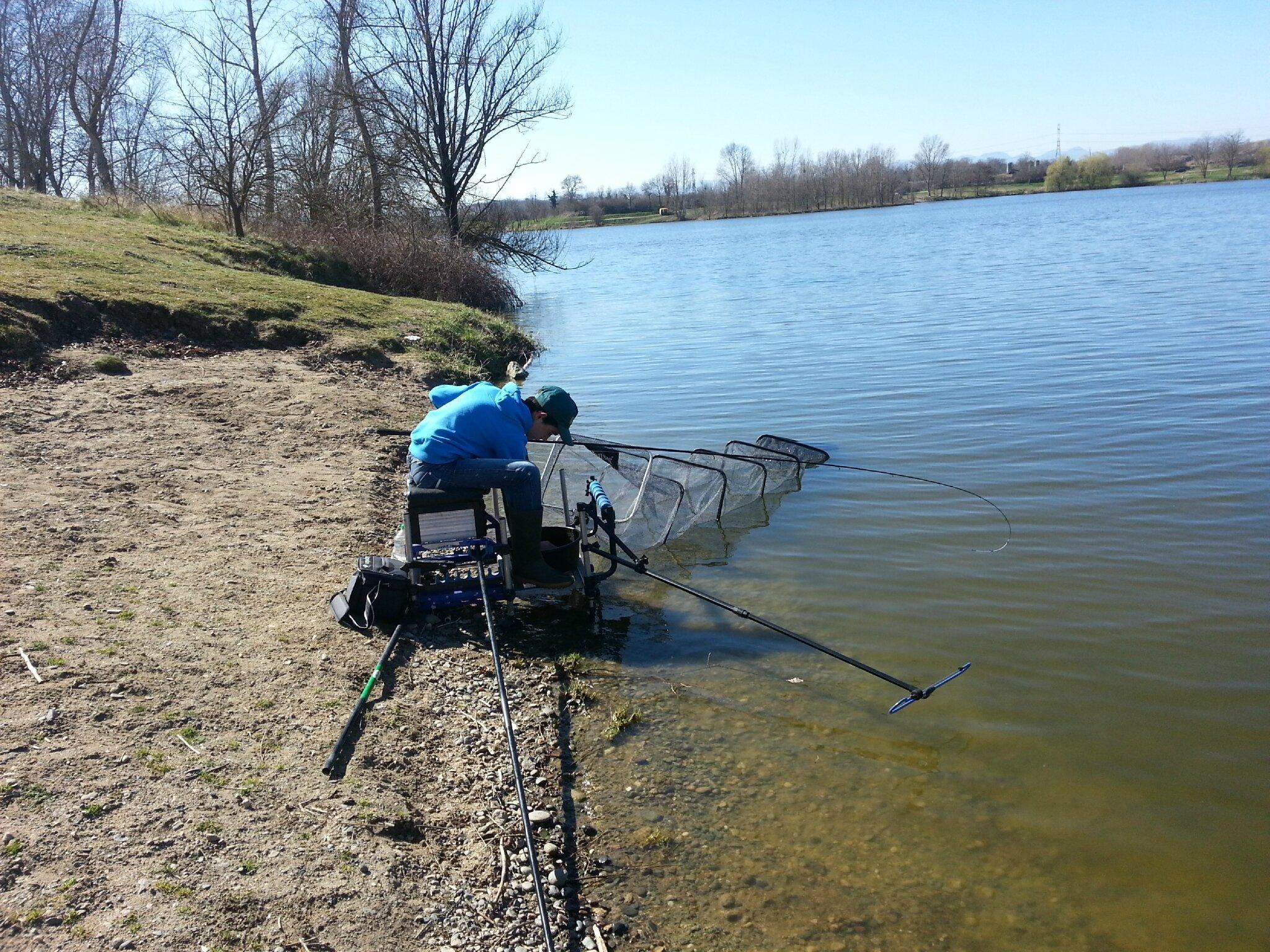 Pêche au feeder, plan d'eau des martailles