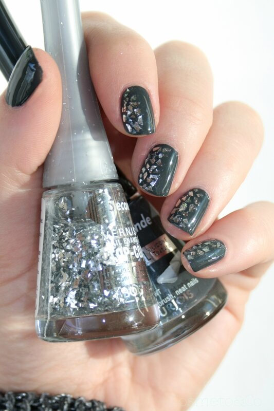 Bourjois ENCHANTING NIGHTBIRD Glitterizer Grey to meet you-11