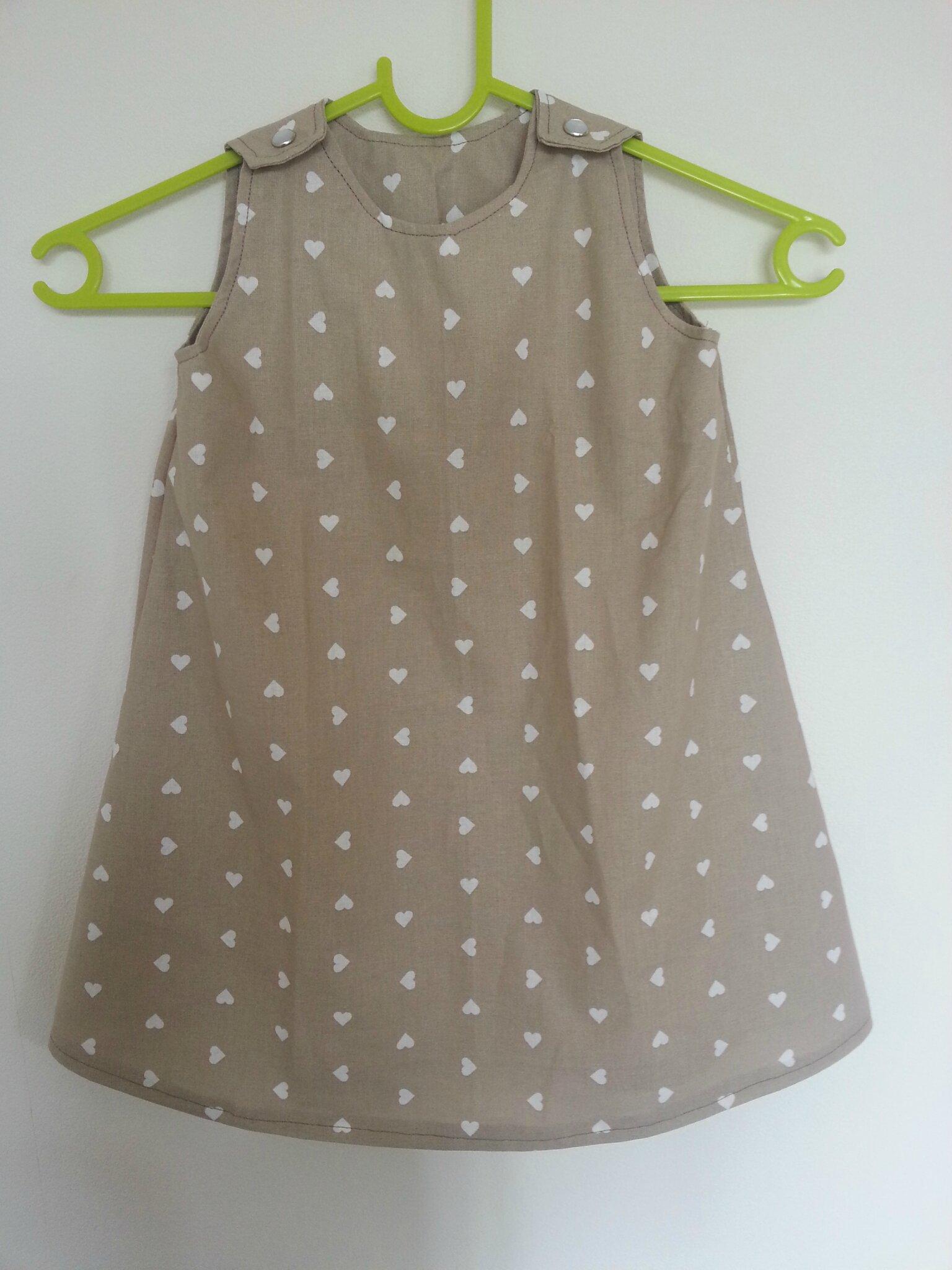 Des petits coeurs pour ma 1ère robe trapèze