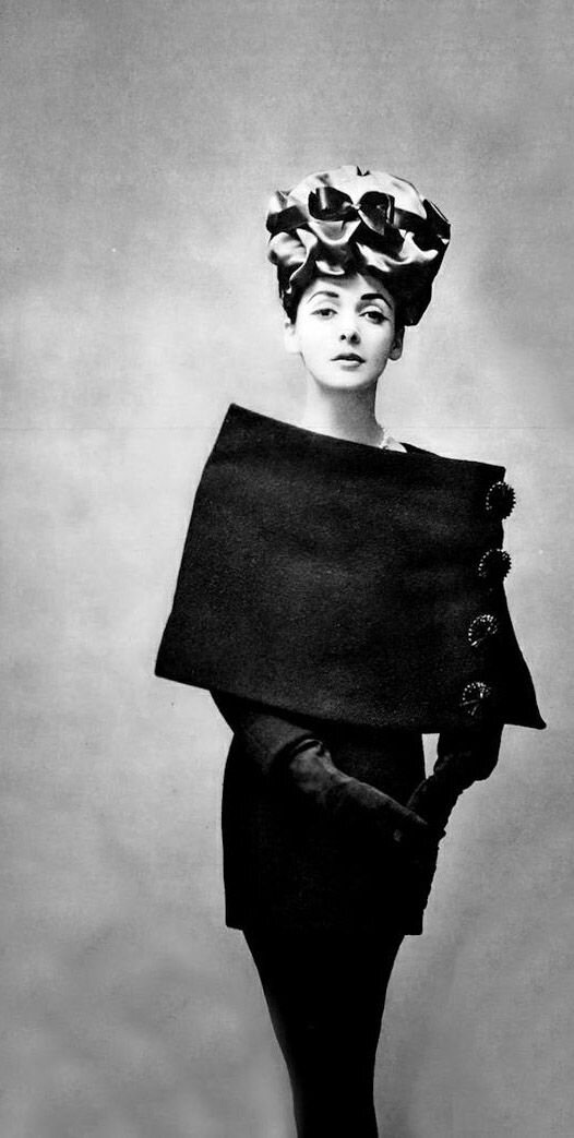 Balenciaga sheath, tunic & cape, photographed by Georges Saad for l'art et la mode, Oct/Nov 1956.