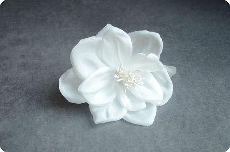 fleurs sur mesure bijoux mariage mari e maison sabben. Black Bedroom Furniture Sets. Home Design Ideas