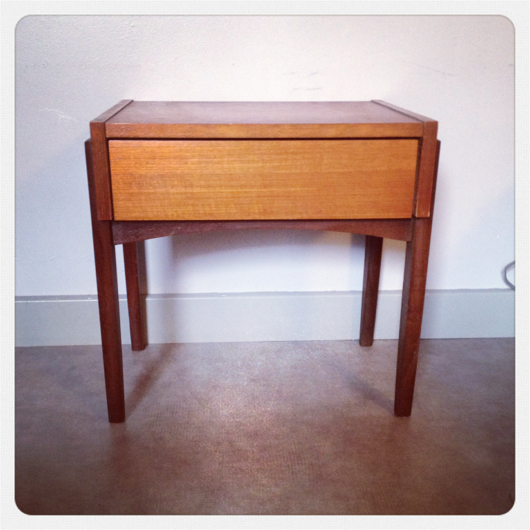 Chevet-vintage-scandinave-bicolore-02