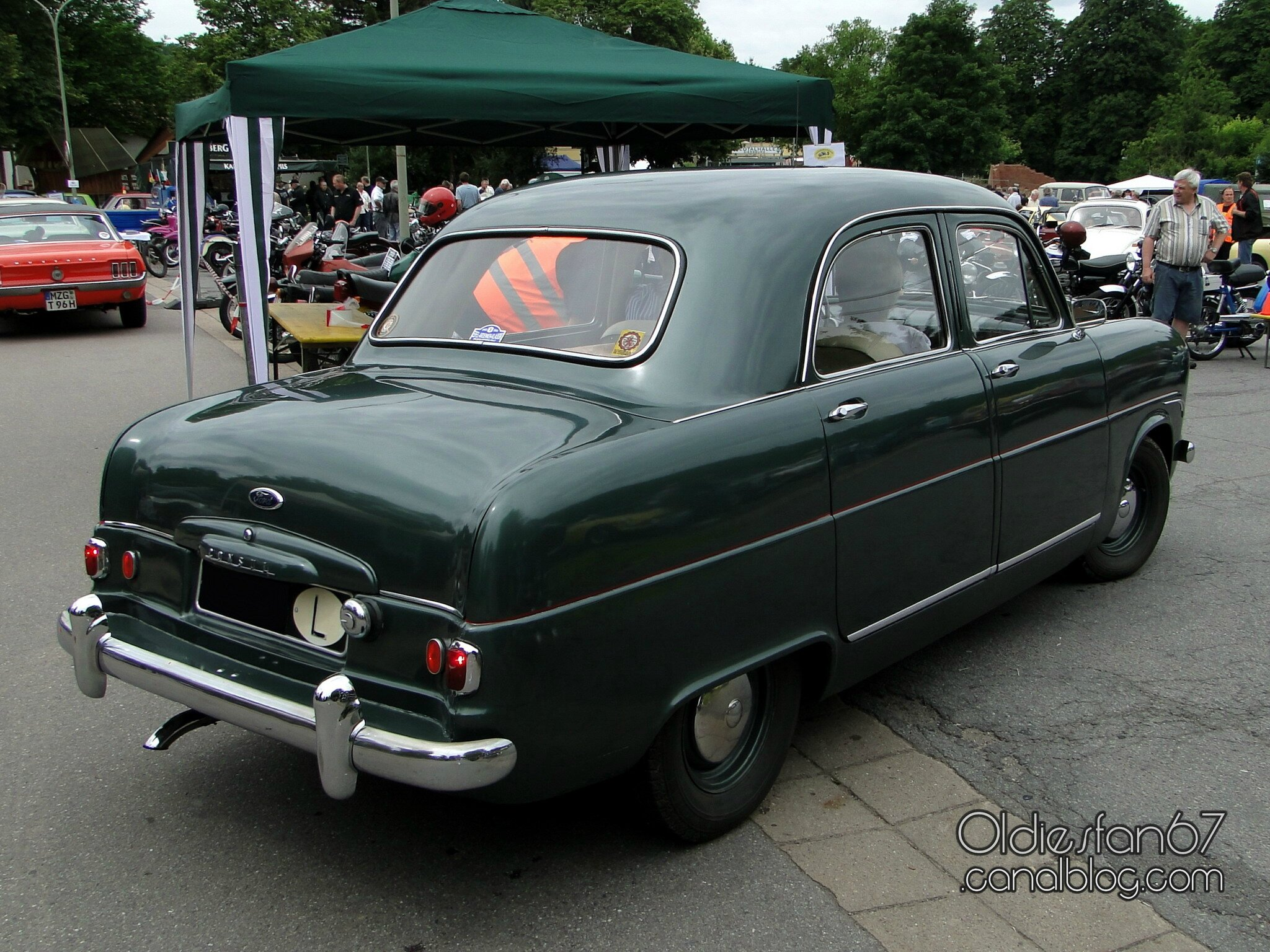 ford consul mk1 4door saloon 1953 oldiesfan67 mon blog auto. Black Bedroom Furniture Sets. Home Design Ideas