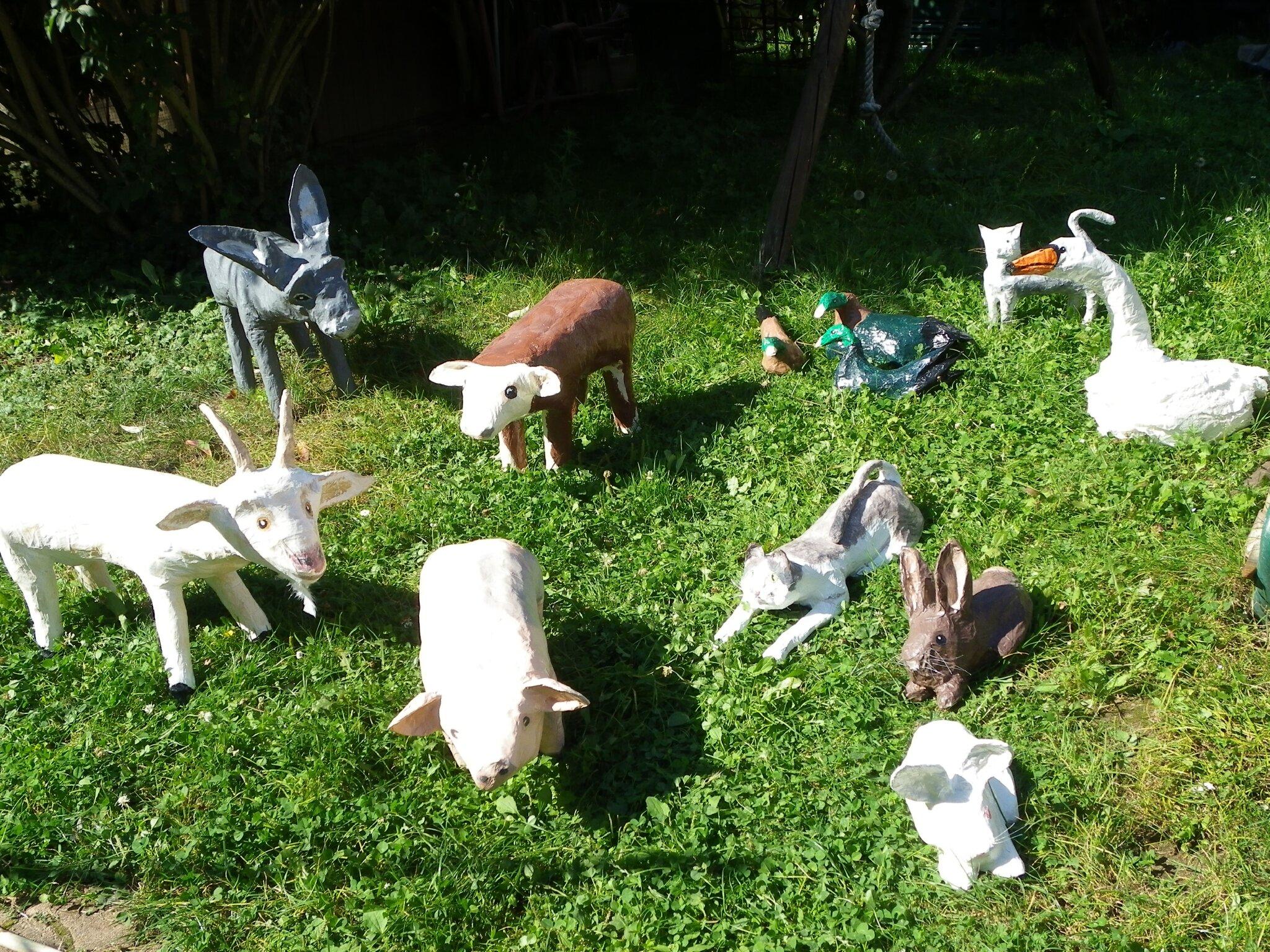les animaux de la ferme photo de creations en papier mache les cr ations de katytortue. Black Bedroom Furniture Sets. Home Design Ideas