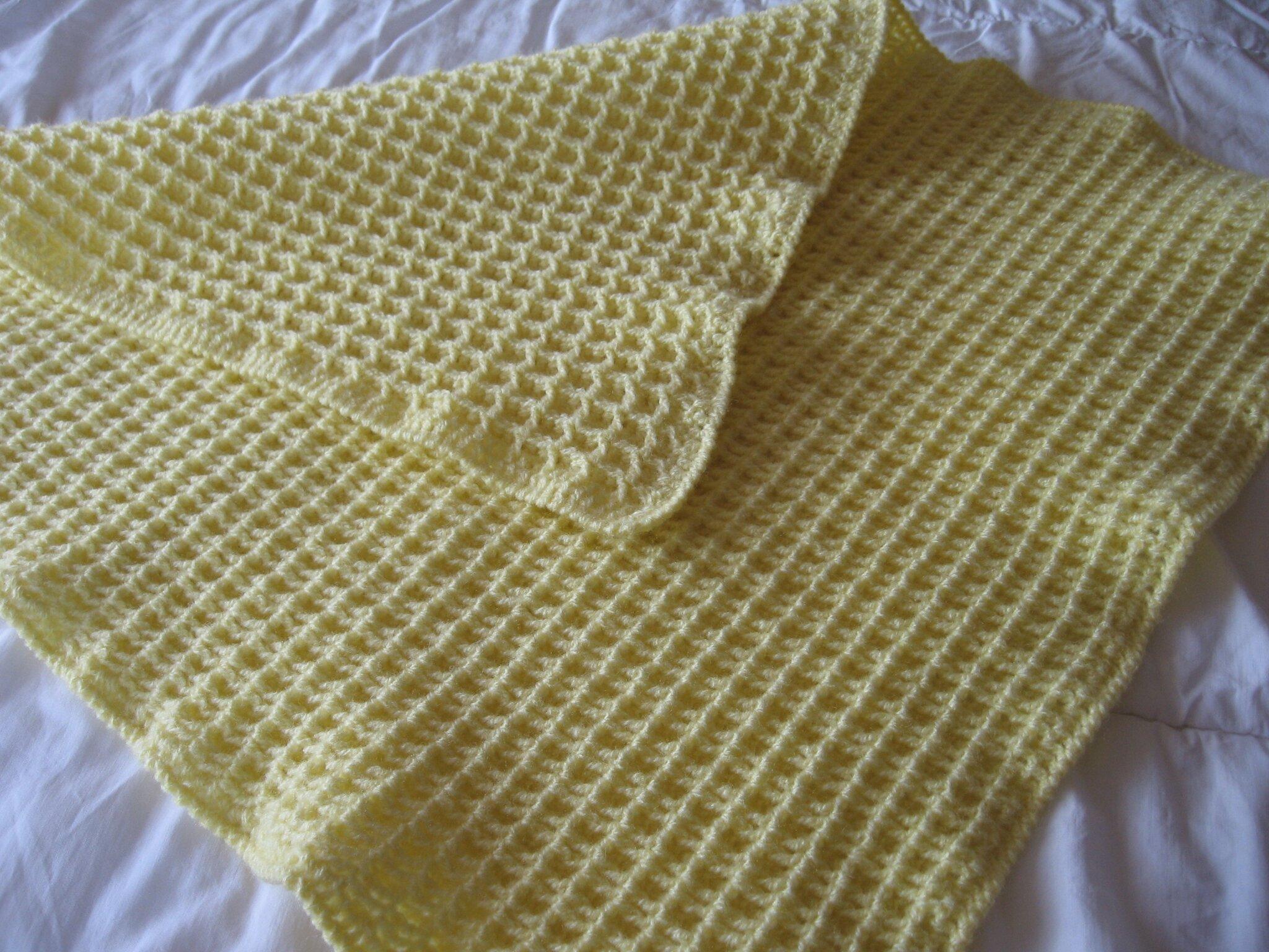 couverture b b en laine le crochet de catherine boutique fait main. Black Bedroom Furniture Sets. Home Design Ideas