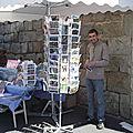 Moi cyril devant mon stand au marché de tence