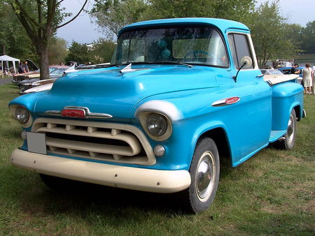 CHEVROLET_3200_Pickup_Stepside___1957__1_