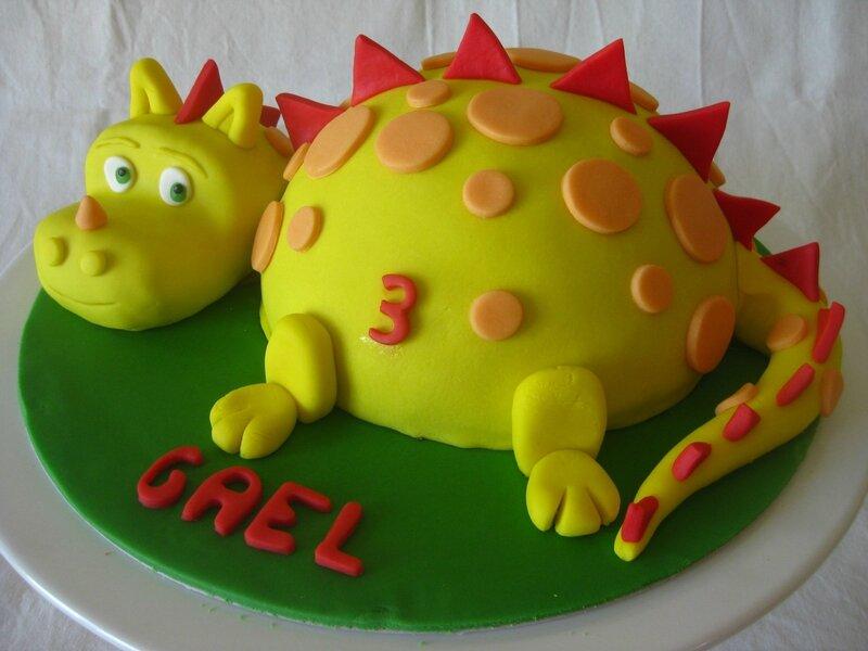 20150808 gâteau dragon (20)