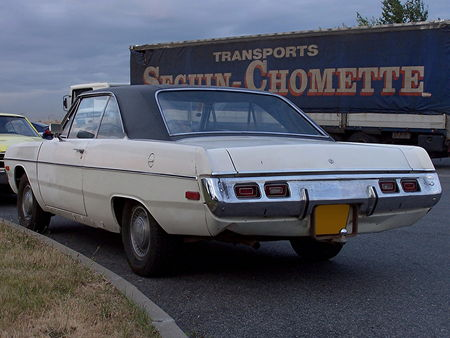72_DODGE_Dart_Swinger_Hardtop_Coupe_3_