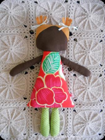 poupée afro hawai rouge rond