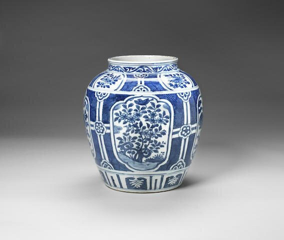 A large blue and white jar, Wanli