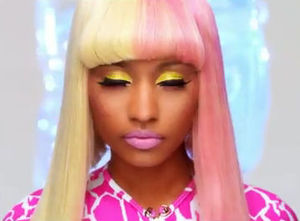 Nicki-Minaj-Super-Bass1