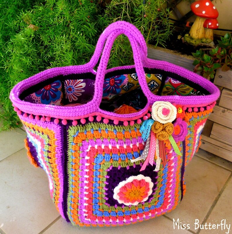 Frida's flowers bag (1)