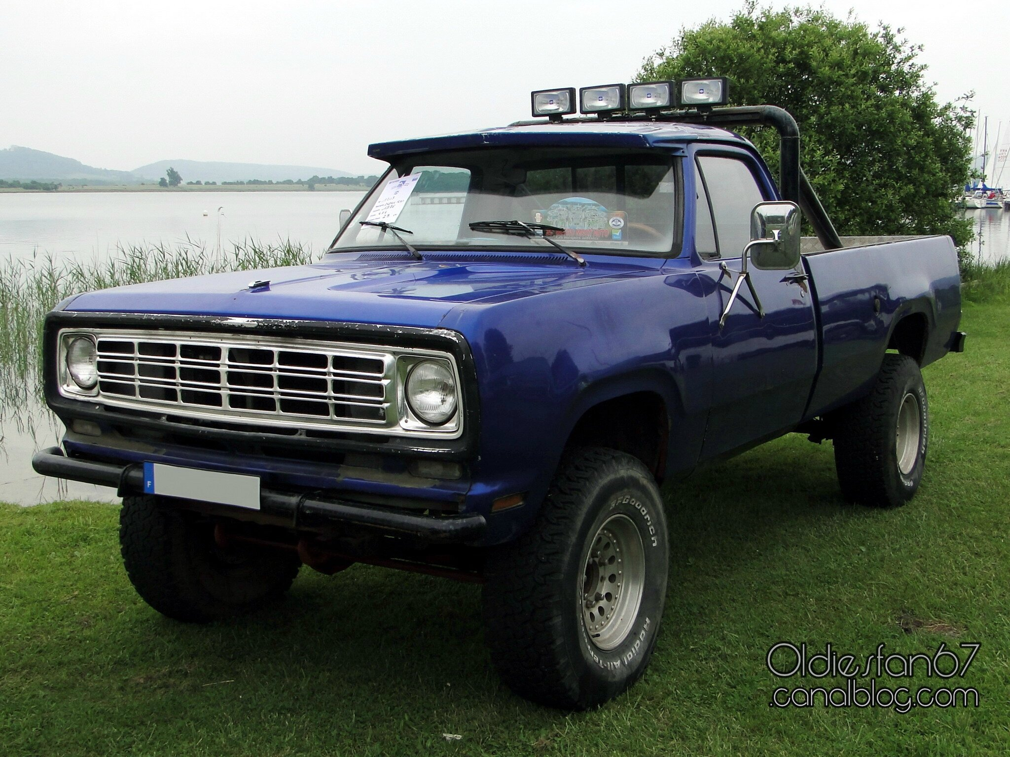 1985 dodge stepside pickup