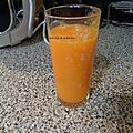Jus de fruits orange carottes