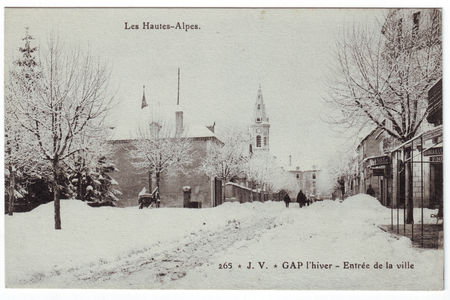 05___GAP___Entree_de_la_ville_en_hiver