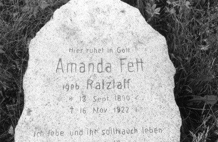 Friedhof_1993_Grab_Amanda_Fett