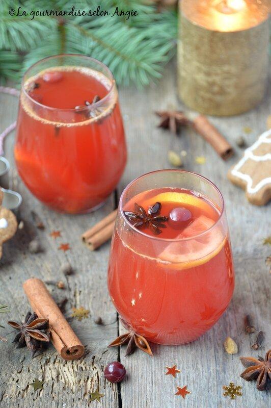jus de cranberries chaud aux épices de Noël 1