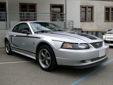 FORD Mustang IV 35th Anniversary 1994 2004 Bourse Echanges Autos Motos de Chatenois 2010 2