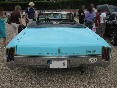 Oldsmobile98conv1965ar