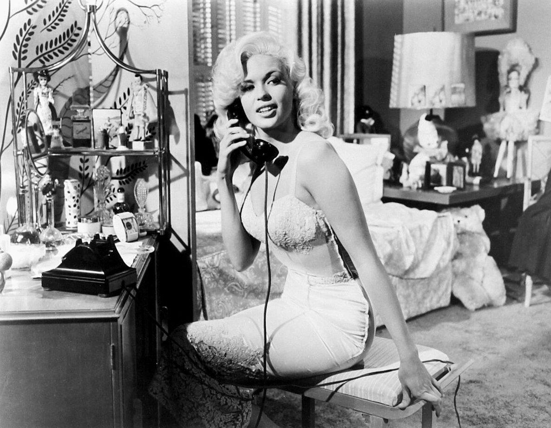 jayne-1957-film-kiss_them_for_me-film-4-1