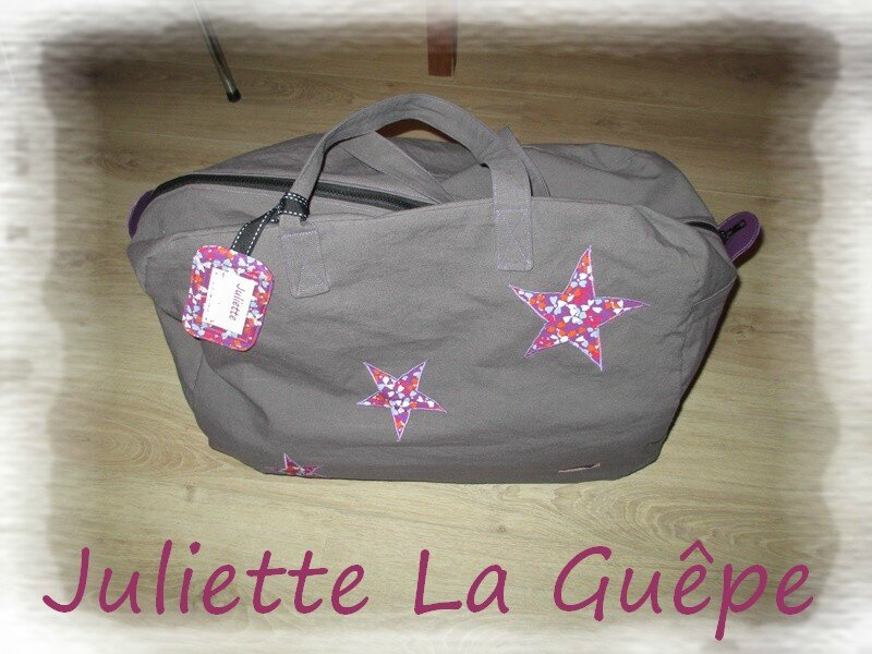 sac week end gris violet 1