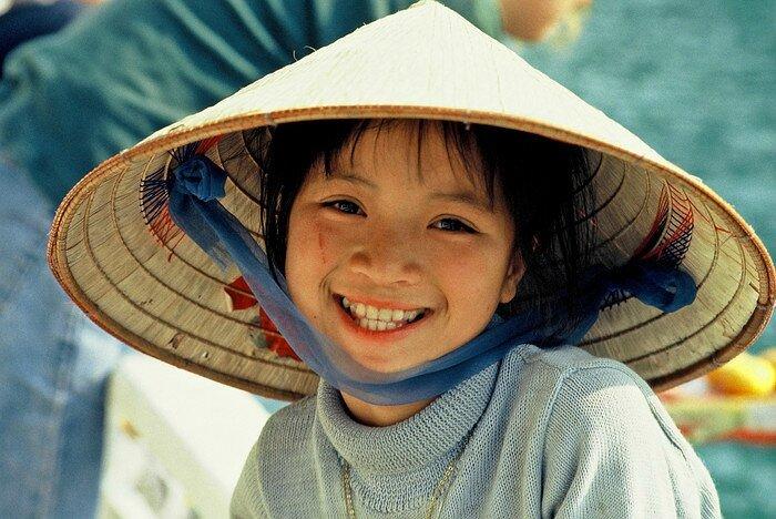 Assez Enfants du monde - Pastels Céc. ME33