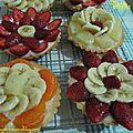 Tartelettes aux fruits / корзиночки с кремом и фруктами