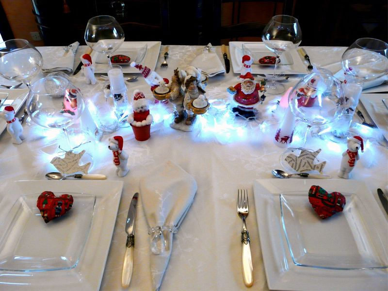 Table noel blanc deco de tables - Deco de noel de table ...