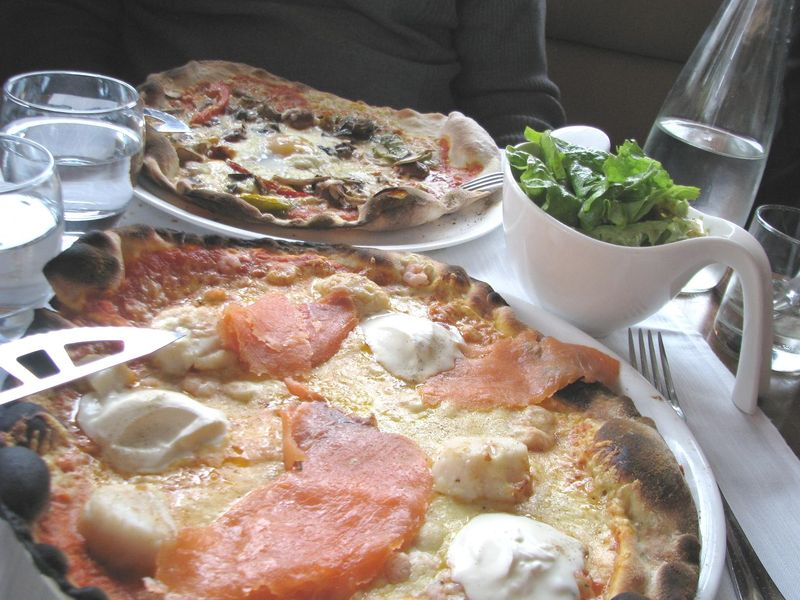 Pizzas La Croisette La Baule, février 2011.