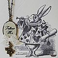 Collier Lapin Blanc FOLLOW ME