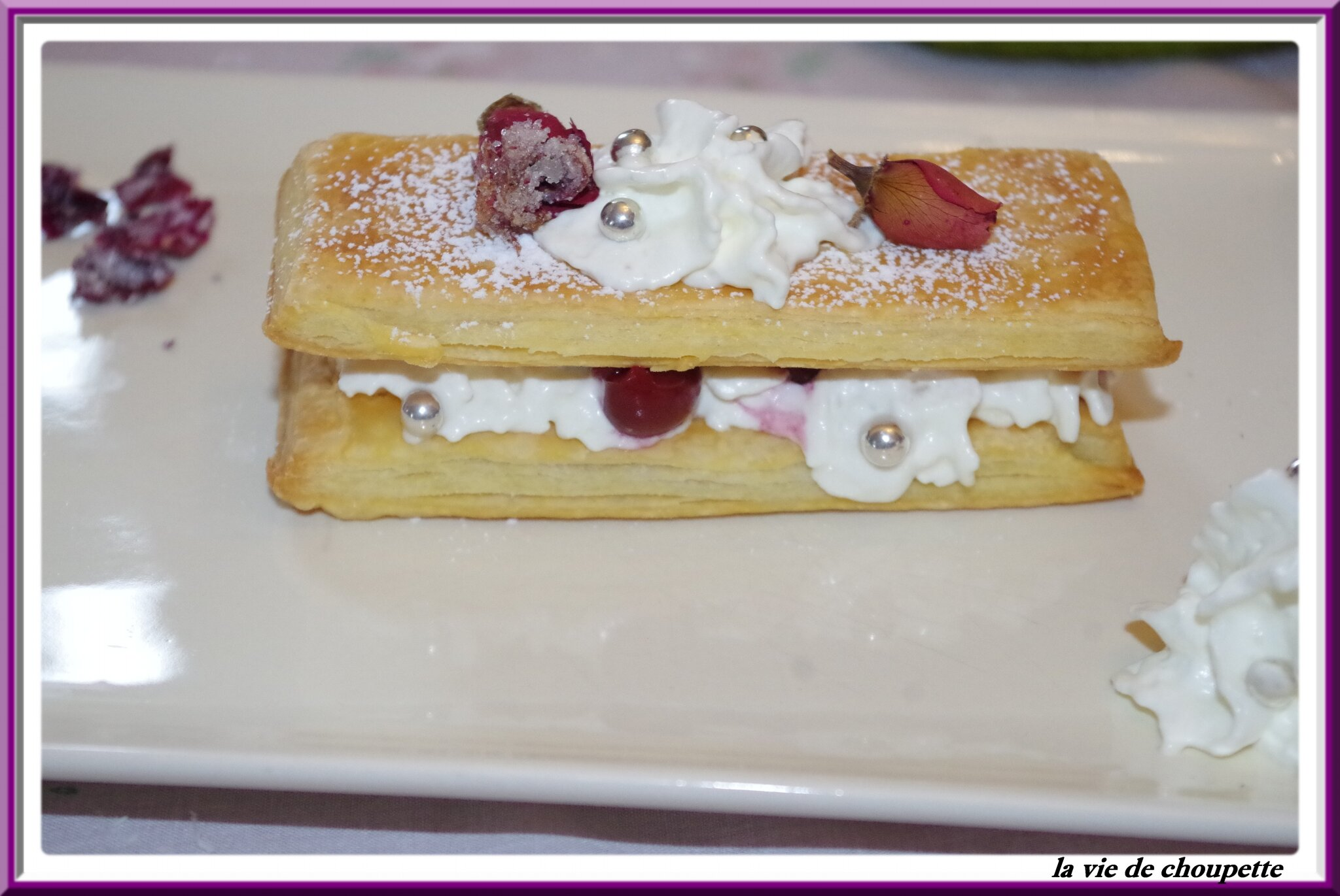 MILLEFEUILLES CHANTILLY-CERISE
