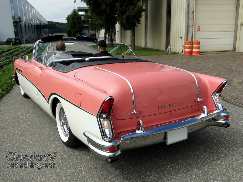 buick-roadmaster-convertible-1956-02
