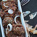 Boulettes de porc sauce aubergines tomatées