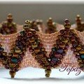 Bracelet jagged peyote stitch