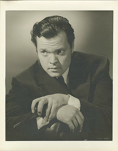 lot085-orson_welles_citizen_kane-by_bachrach-1
