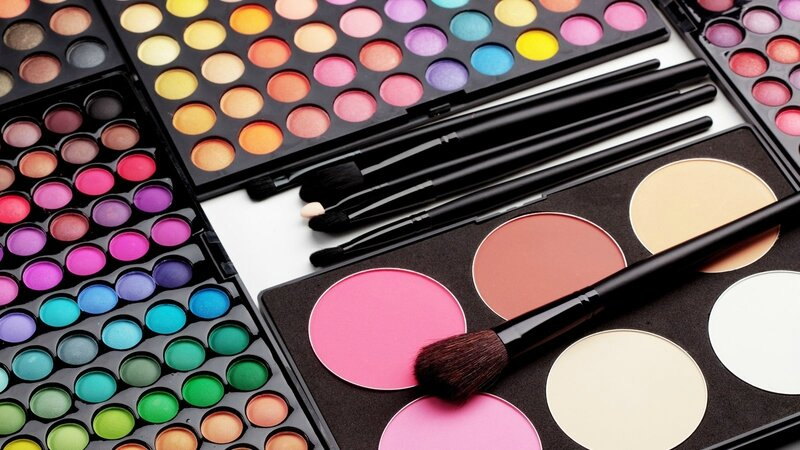 Make-Up-Accessories-HD-Photos