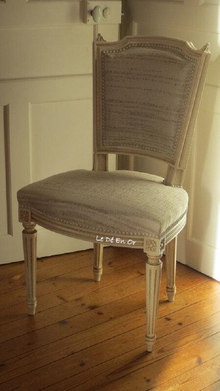 Chaises Louis XVI,tissu Casamance,clous blanc crépis,nuances.Le Dé En OR.