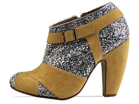 To-Be-Announced-shoes-Alvarez-(Silver-Yellow)-010603