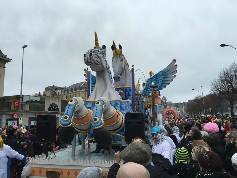 Carnaval de Granville la Grande Cavalcade dimanche 7 février 2016 char licorne cours Jonville