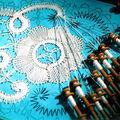 Rouets, métiers à tisser, carreaux de dentellières, ... et inkle loom