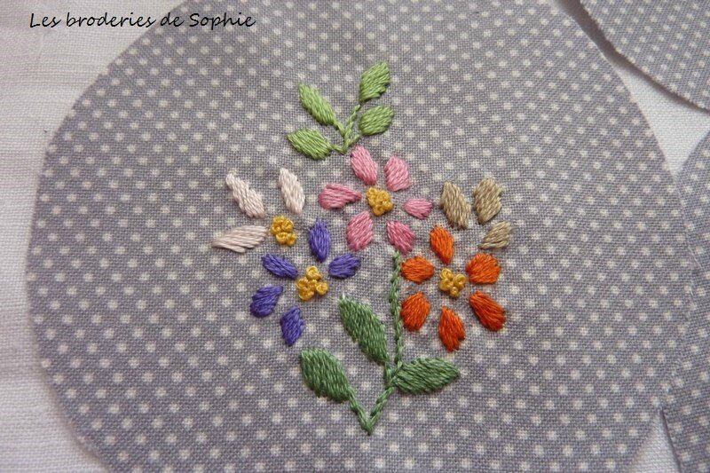 Broches brodées (5)