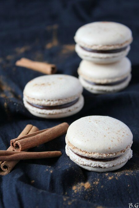 Macarons chocolat cannelle - bouilles gourmandes