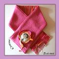 11 - 09 cache col coeur rose