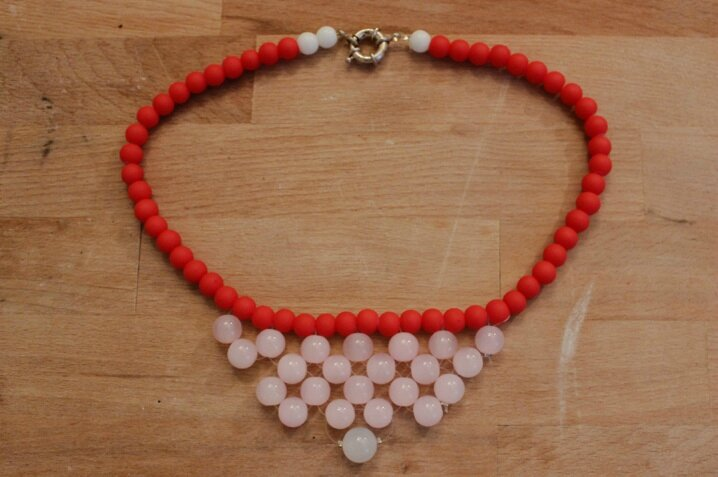 DIY collier rouge 3 1
