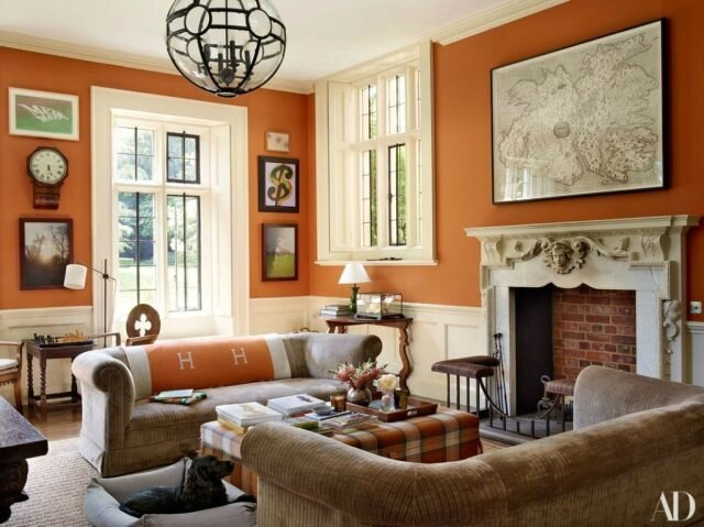 Claudia-Schiffers-English-Mansion-study