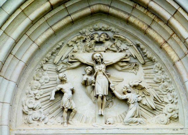 2-Tart-église-tympan
